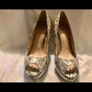 Vince Camino stelleto heels 👠 NWT